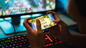 Balikpapanku - In 2018 US and Canada Experienced Increases In Total Number of Mobile Gamers