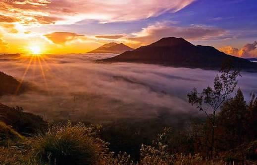 Mount Batur Trekking – Griyasari Tours & Travel