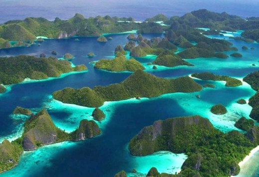 Raja Ampat – Dive Cruise (10 days / 9 nights)