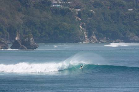 Private surf lessons for beginners