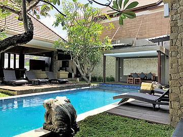 Villa 4 Bedrooms for lease Seminyak Bali