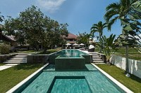 Villa 8 Bedrooms for sale in Canggu Bali