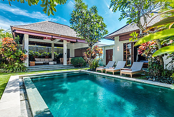 Three Bed room Villa for sale VSEM 490 Seminyak Bali
