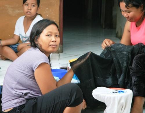 Quotidien le travail des femmes à Culik Bali