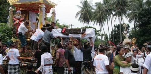 cremation bali bangli balisolo