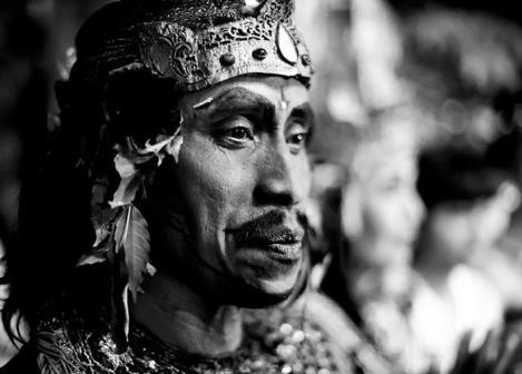 Danseur kecak (Lombok) par Colsteel