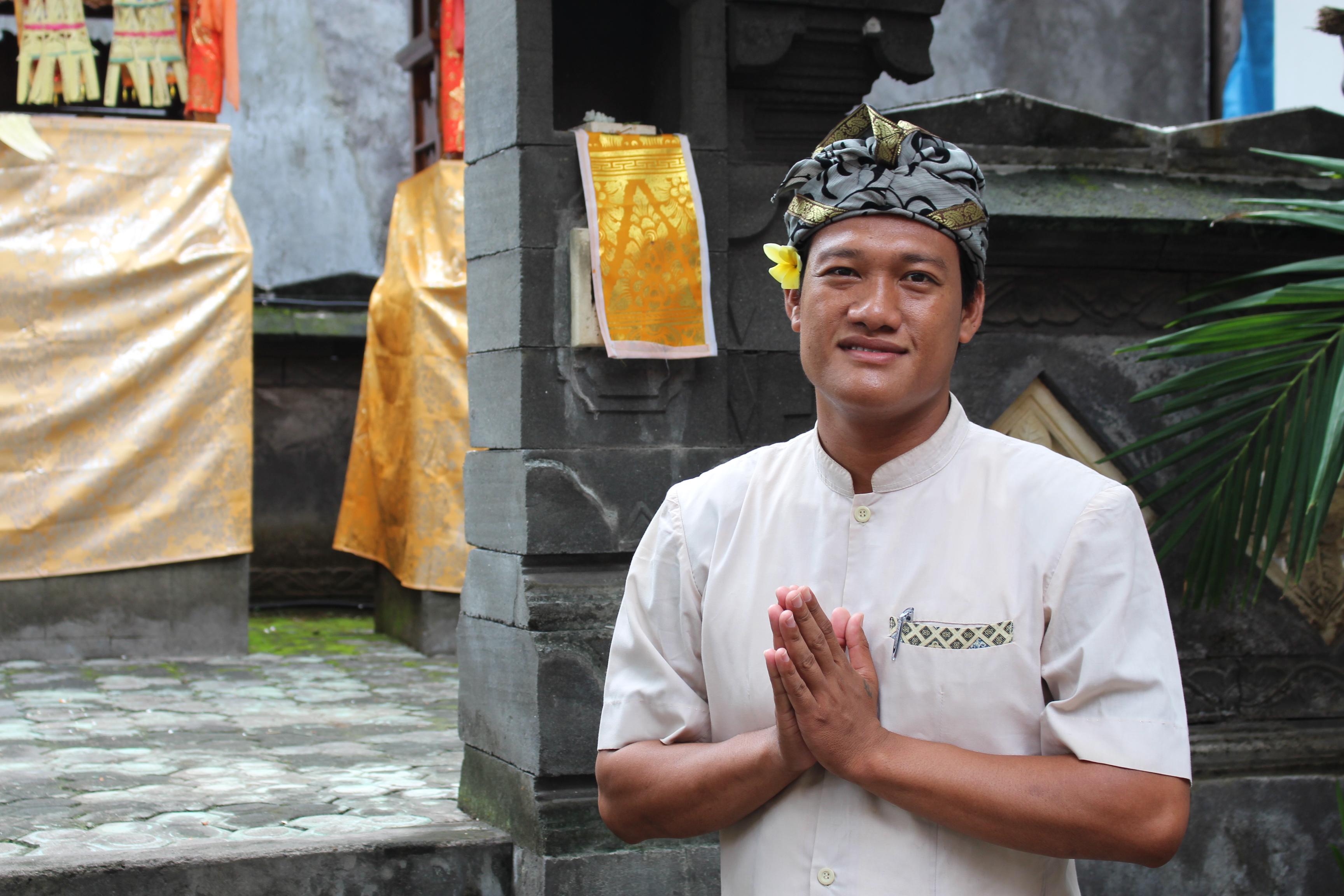 Kadek Sudarma, guide francophone à Bali - Balisolo