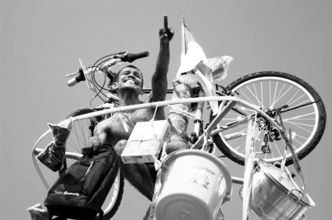 Panjat Pinang indonesie independance par Ardy Wiraputra