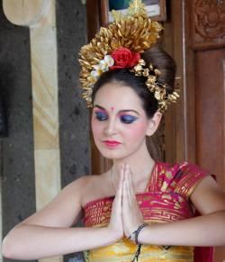 cours de danse à Ubud vanagones victoire