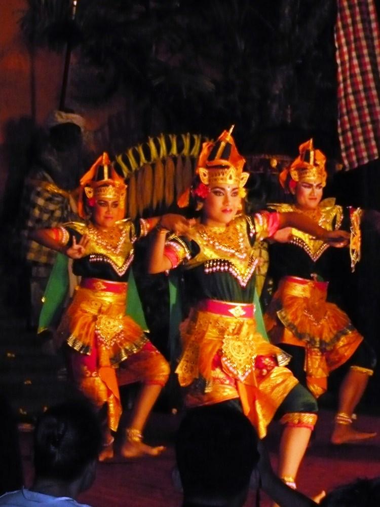 Ubud Palace Danse Traditionnelle Bali - Balisolo