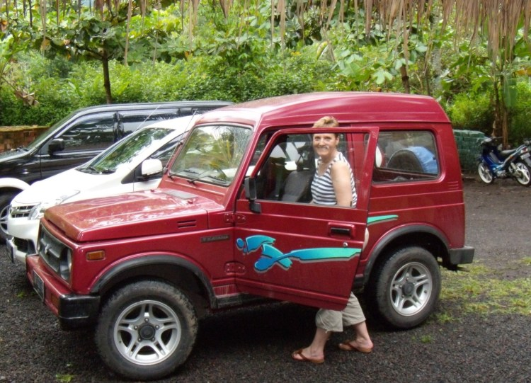 Danièle et sa Suzuki à Bali
