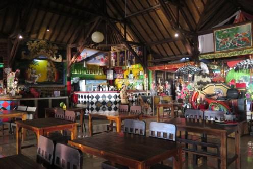 Incontournable dîner les pieds dans le sable à Jimbaran - Balisolo (9)