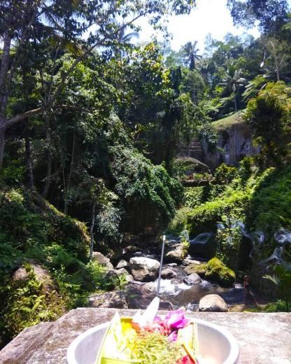 Youdi Guide trekking a Bali Balisolo Francophone (2)