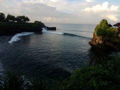 tanah lot, bali, surf spot