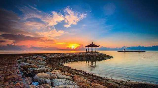 pantai sanur sunrise, menikmati sunrise di bali