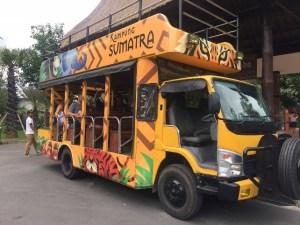 bus kampung sumatra bali zoo