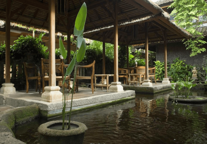 Puri Bambu Hotel Jimbaran, Unique Lodging with Traditional design