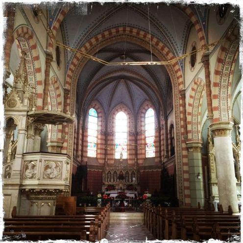 … Herz Jesu, die 1884 – 1889 im neugotischen Stil erbaut wurde (Foto: balkanblogger)