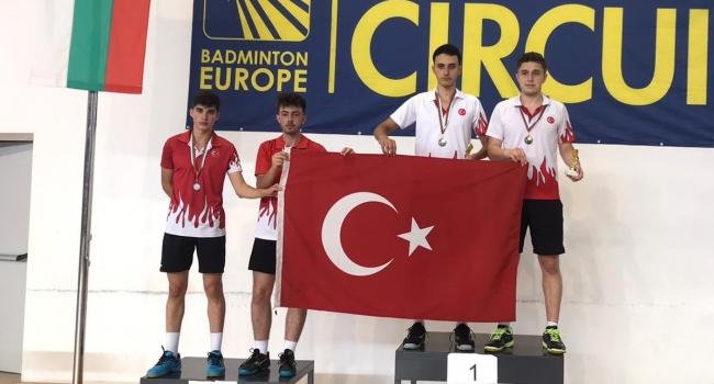 17 Yaş Altı Badminton Milli Takımı, Bulgaristan'da 12 madalya kazandı