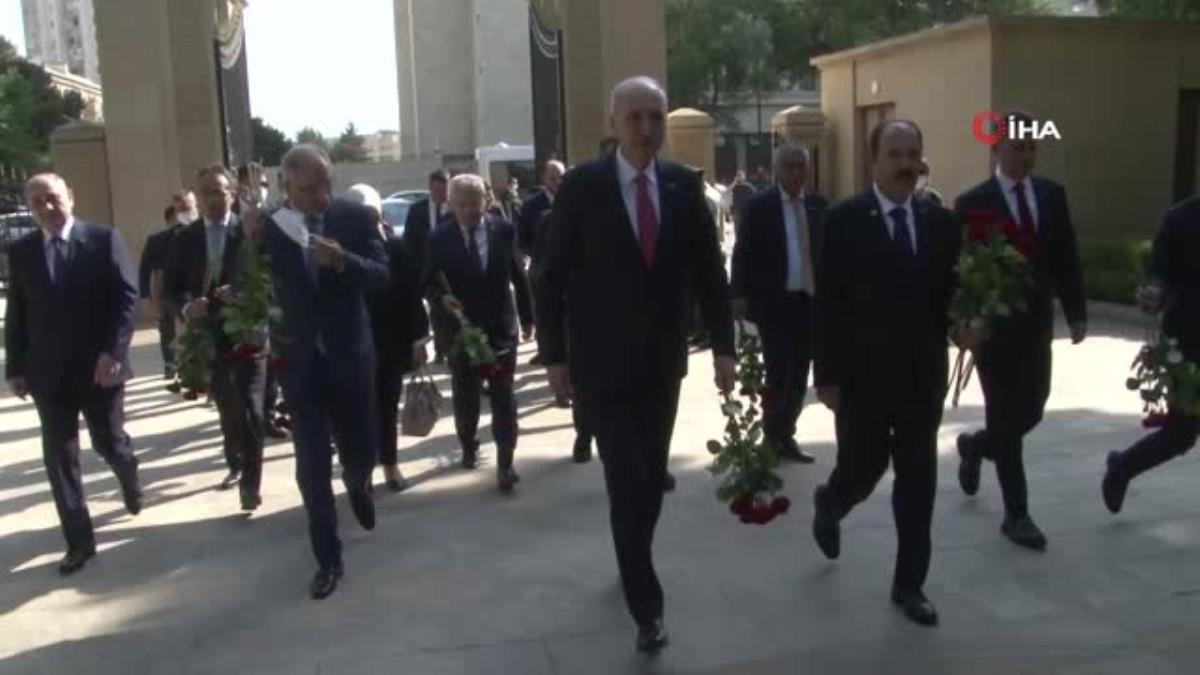 AK Parti Genel Başkanvekili Kurtulmuş, Bakü'de Haydar Aliyev'in mezarı ile şehitlikleri ziyaret etti