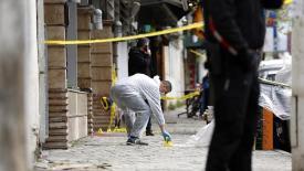 Arnavutluk'ta Neler Oluyor! Otelde Ölü Ruslar Bulundur!