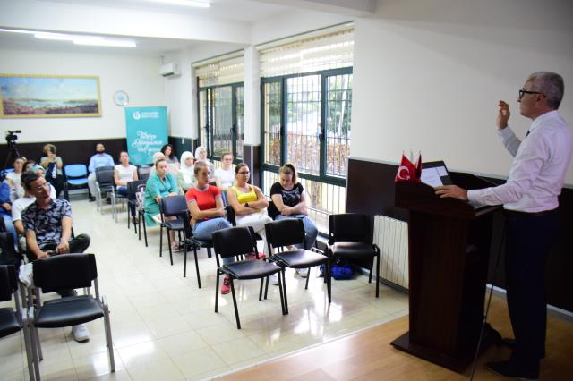 Arnavutluk'ta Türk Dili Tarihi Konferansı düzenlendi