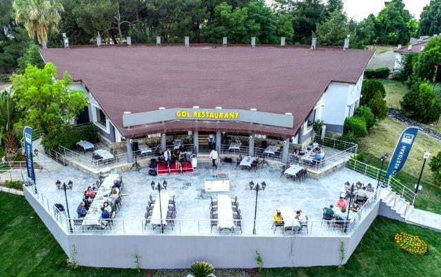 Buca Göl Restoran yenilenen yüzüyle kapılarını açtı