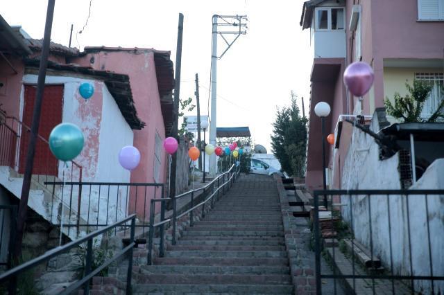 Çiğli Belediyesinden çocuklara 23 Nisan sürprizi