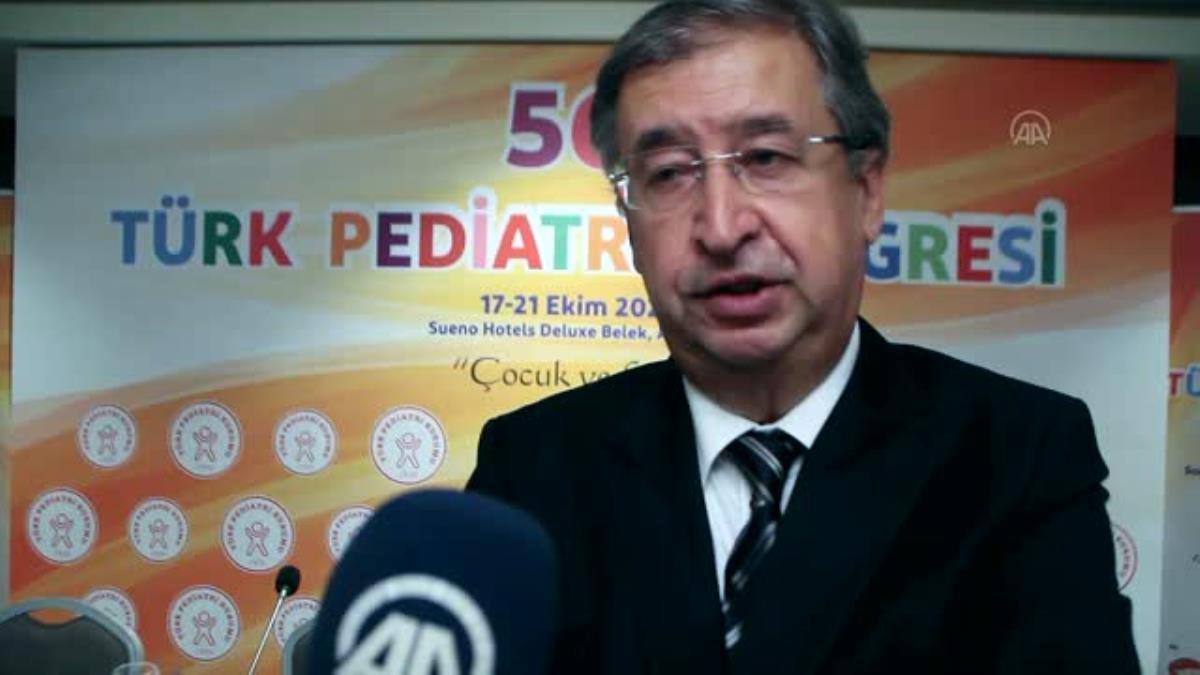 """""""Çocuklara da Kovid-19 aşısı güvenle yaptırılabilir"""" tavsiyesi"""