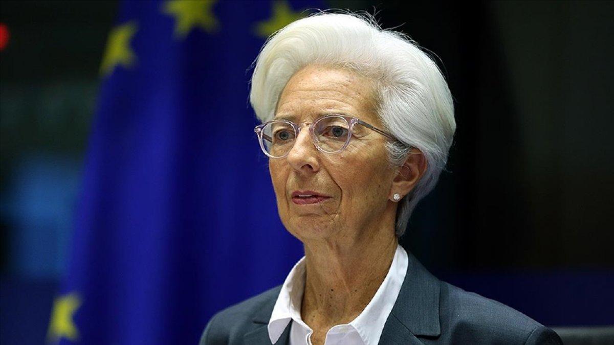 ECB: Euro Bölgesi ekonomisi son çeyrekte daraldı