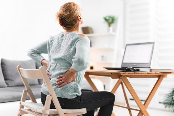 Evden çalışma ortopedik sorunlara zemin hazırlıyor: Bel ve boyun problemleri arttı