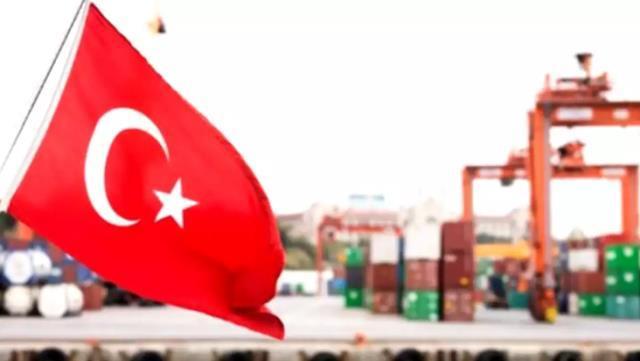 Fransız gazetesinden Türkiye'ye övgü: Ekonomik daralmayı önleyen nadir ülkelerden