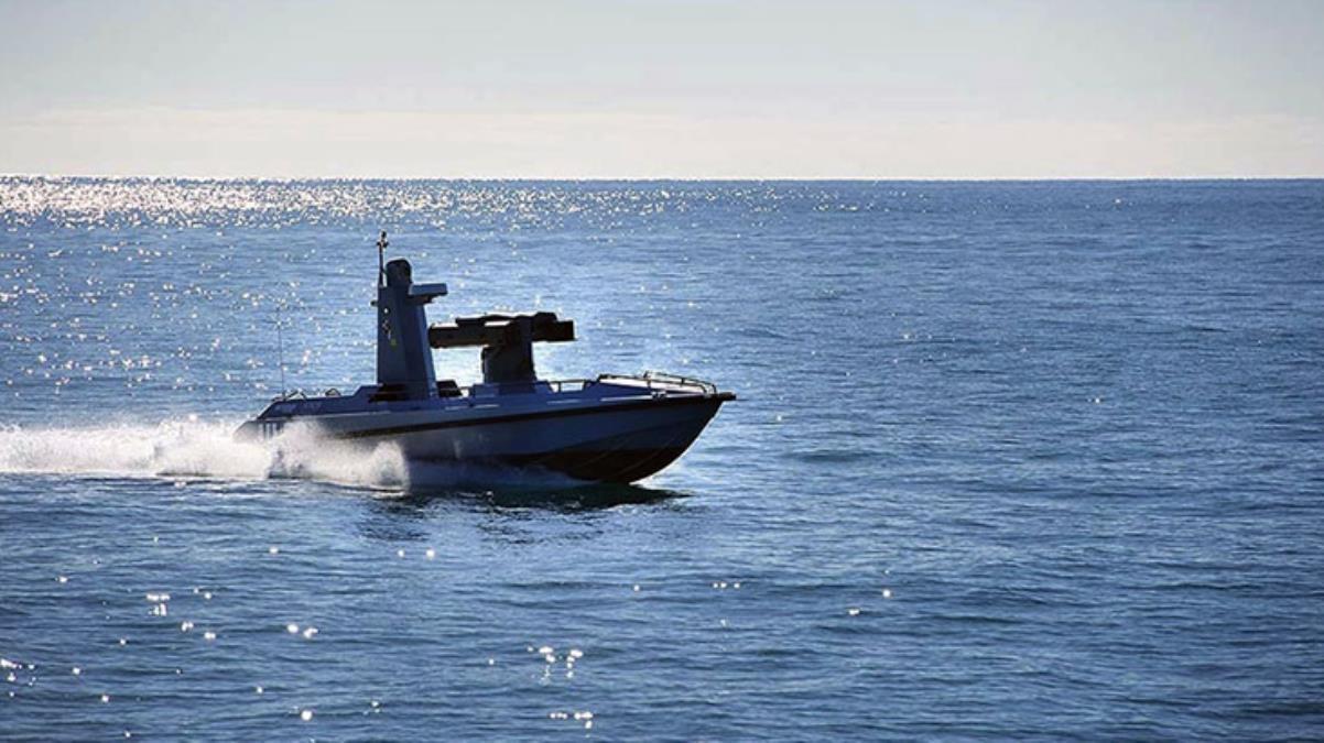 Katar Emiri, Türkiye'nin ürettiği silahlı insansız deniz aracı ULAQ'a hayran kaldı
