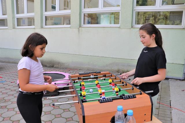 """Kosovalı çocuklar """"Oyun Karavanı Projesi""""nde buluştu"""