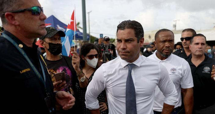 Miami Belediye Başkanı'ndan 'Küba bombalansın' çağrısı: 'Tarihte pek çok fırsat oldu'