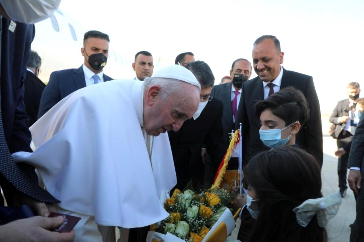 – Papa Francis, Şiilerin en büyük dini mercii Sistani ile bir araya geldi- Papa tarihi ziyaretin ikinci gününde Necef'te