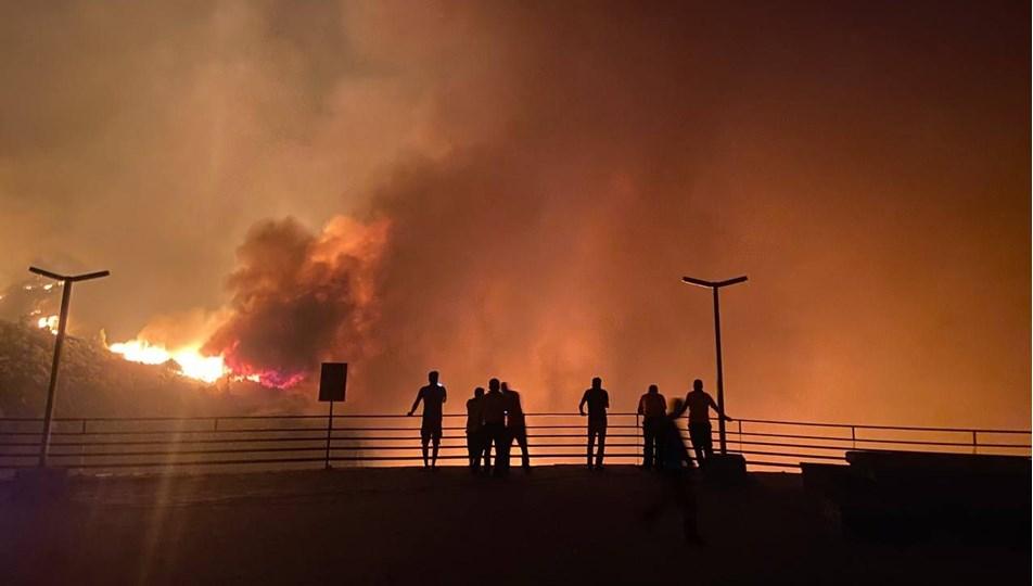 """Çavuşoğlu'na Yunan mevkidaşından """"ihtiyaç halinde yardıma hazırız"""" mesajı"""