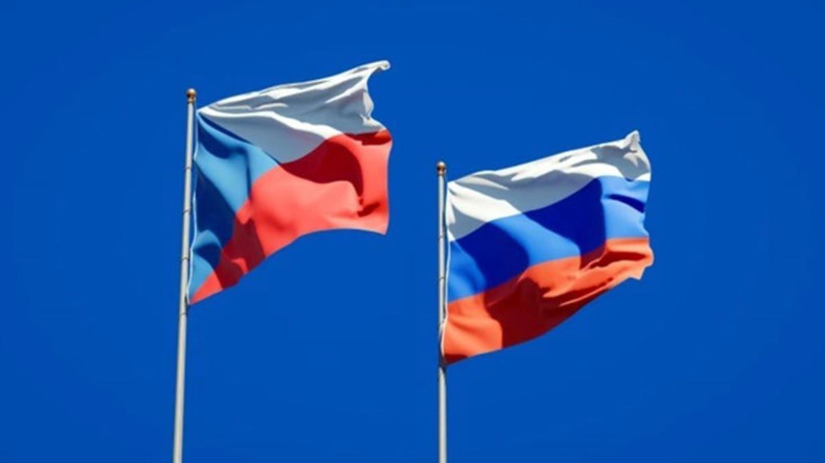 Rusya, Çekya'nın Moskova Büyükelçiliği'nin 20 çalışanını sınır dışı etti