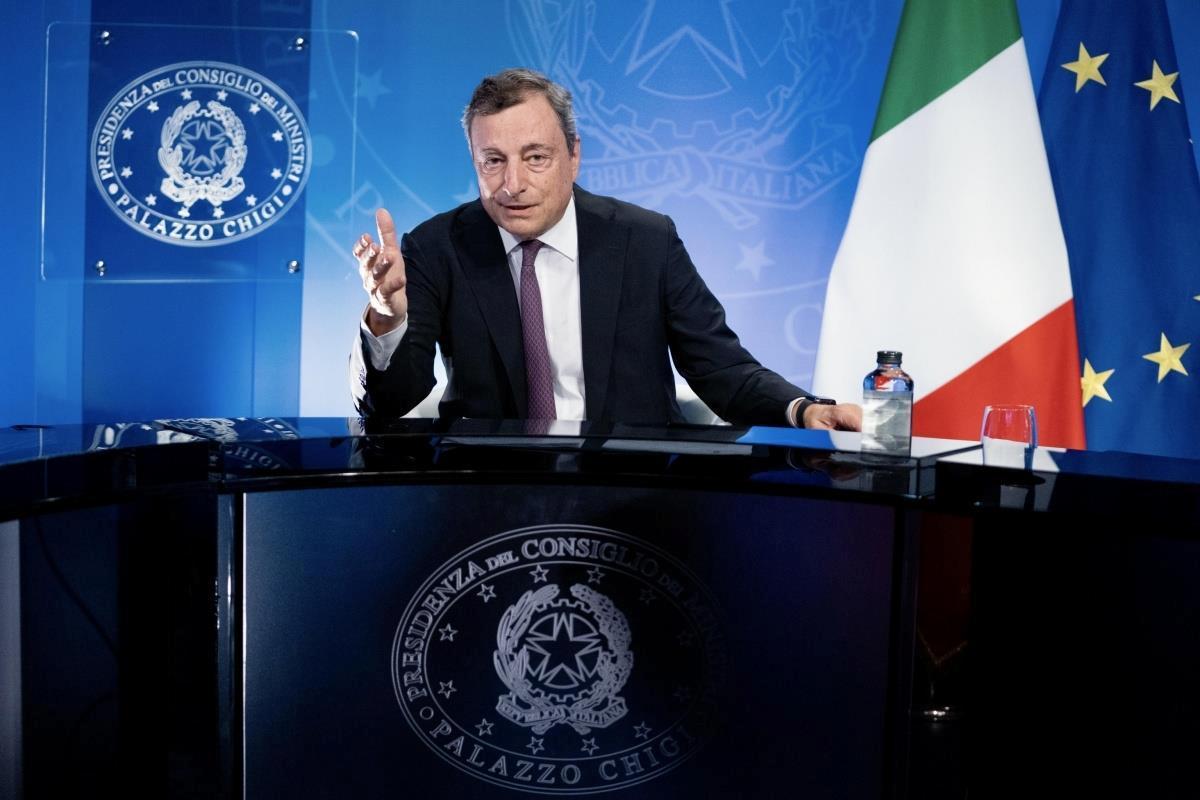 """Son dakika haber: İtalya Başbakanı Draghi: """"Afganistan'da yaşanan krizde yetki BM'ye verilmeli""""AB'den Afganistan'a 1 milyar euroluk destek paketi taahhüdü"""