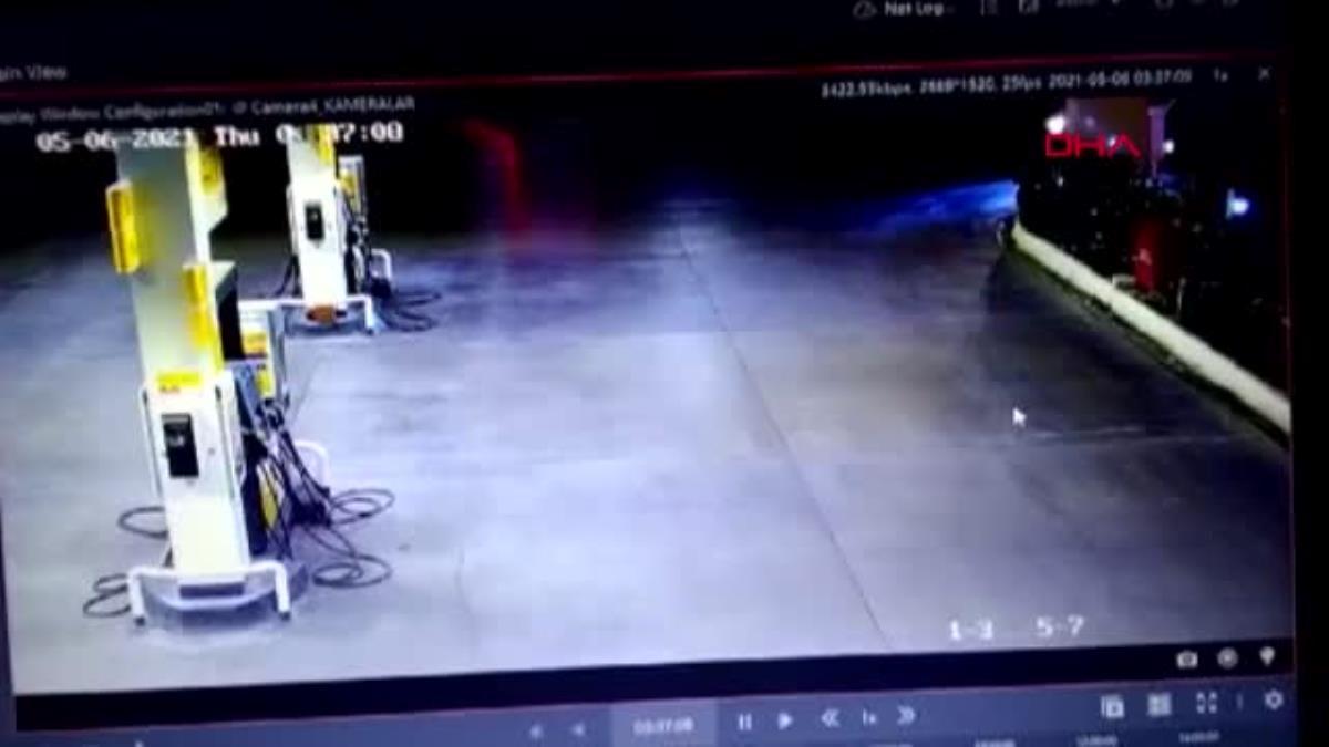 Son dakika haberleri! 100 kilometre süren film gibi kovalamaca kazayla bitti; 1 polis yaralandı, şüpheli gözaltına alındı