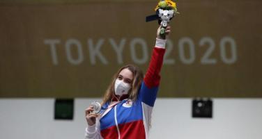 Tokyo Olimpiyatları'nda Rus ekibin ilk madalyası geldi