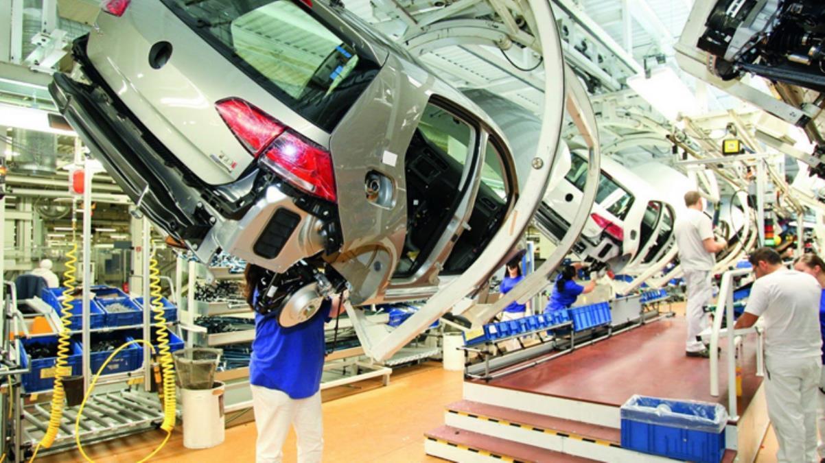 Volkswagen'den çip krizi uyarısı: İkinci çeyrekte üretimi çok daha sert vuracak