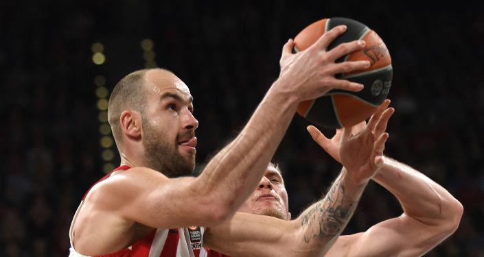 Yunan basketbolcu Vassilis Spanoulis kariyerine son verdi
