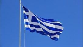 Yunanistan'da sokağa çıkma ve bölgeler arası seyahat yasağı kaldırıldı