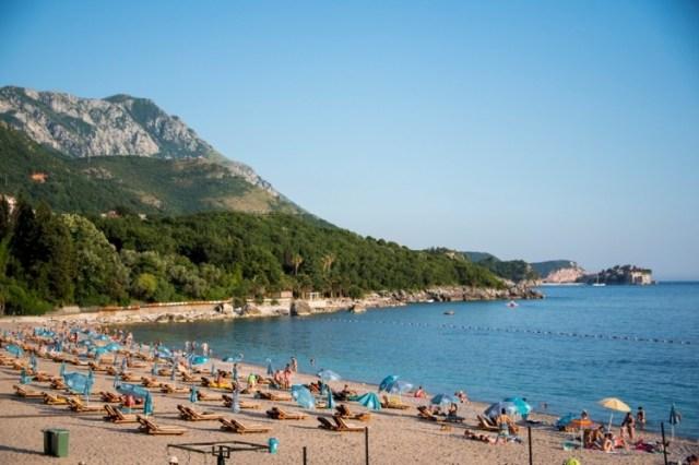 Пляж Kamenovo на Будванской ривьере. Фото: Ransonmedia.com