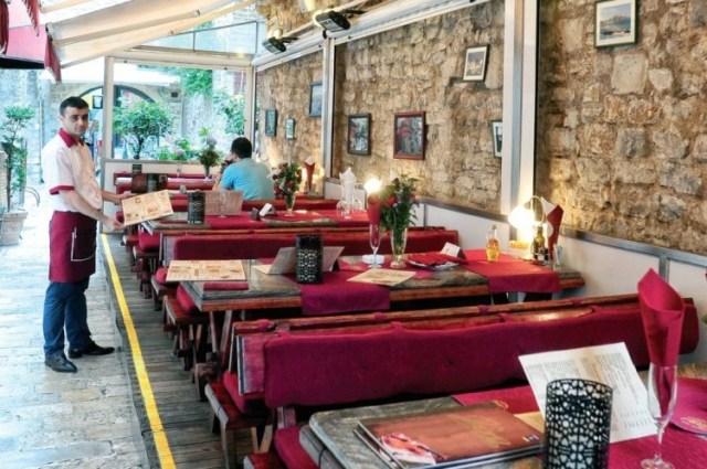 Ресторан в Черногории. Фото: Naj-naj.com