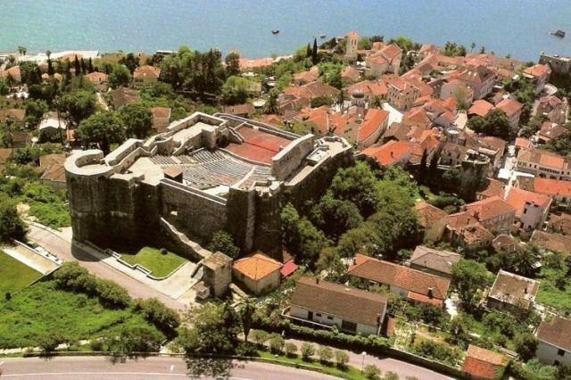 Крепость Канли-Кула. Фото: Cdm.me