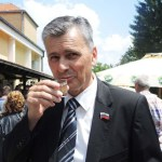 Čajetina: kako i od čega živi Milan Stamatović, predsednik opštine, gazda i šef
