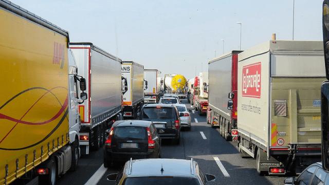 Haos na granicama: Kamioni na ulasku u Srbiju čekaju više od osam sati