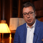 "Vučić: ""Treba da uđem u Notr Dam, uzmem šipku i skinem zastavu?"""